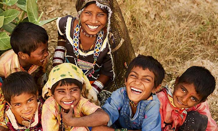 Enfants indiens souriants
