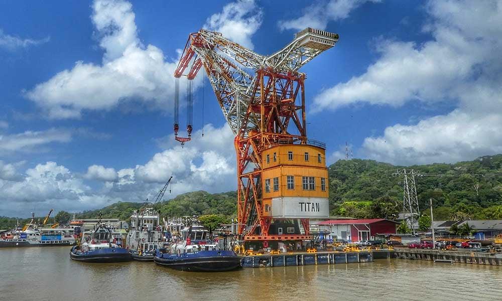 Voyages-Traditours-Canal-Panama-petit-port
