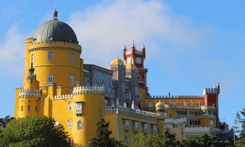 Traditours-Chateau-Portugal-Pena