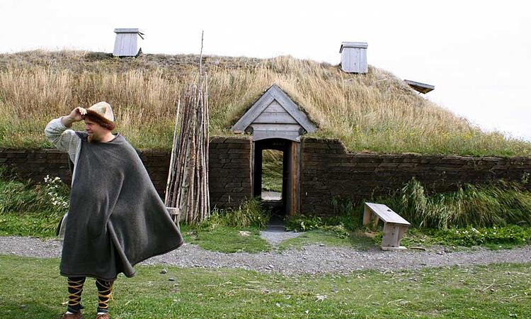 Voyages-Traditours-Terre-Neuve-Anse-Meadows-Vikings