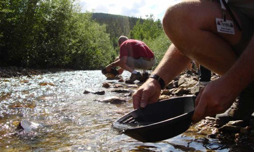 Voyages-Traditours-Circuits-Canada-Yukon-recherche-or