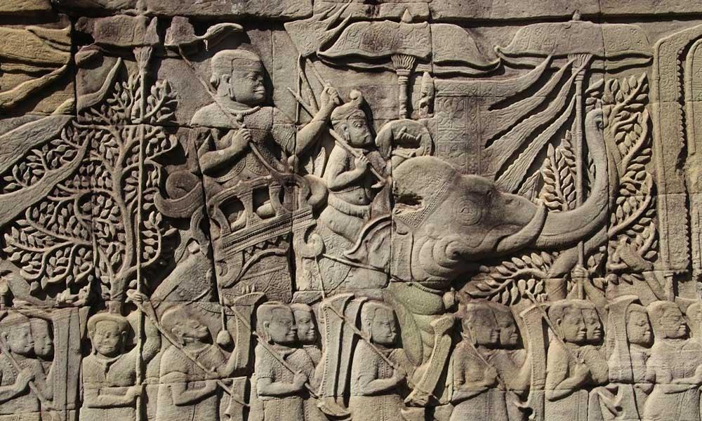 Sculpture-bayon-Angkor-Cambodge