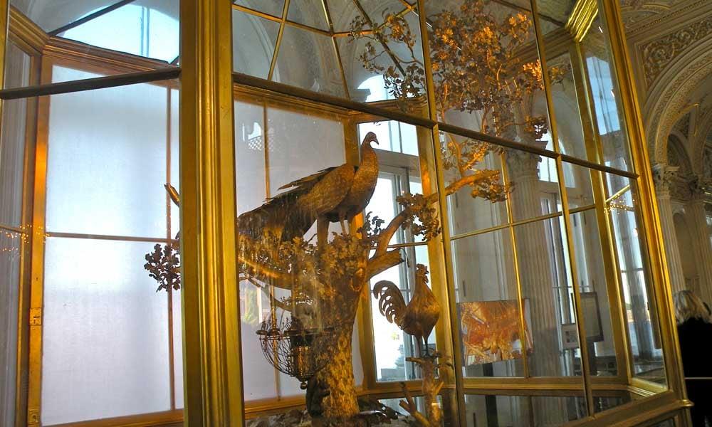 Sculpture-horloge-paon-ermitage-Russie