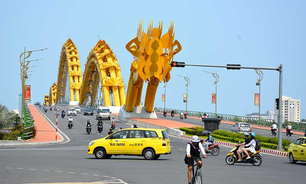 Sculpture-pont-dragon-DaNang-Vietnam