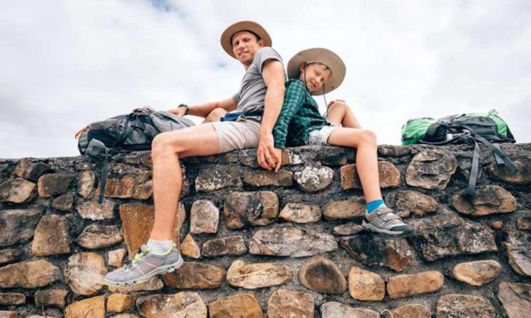 Père et fils au Pérou