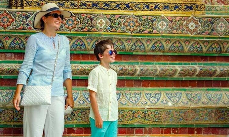 Famille à Bangkok dans le grand palais